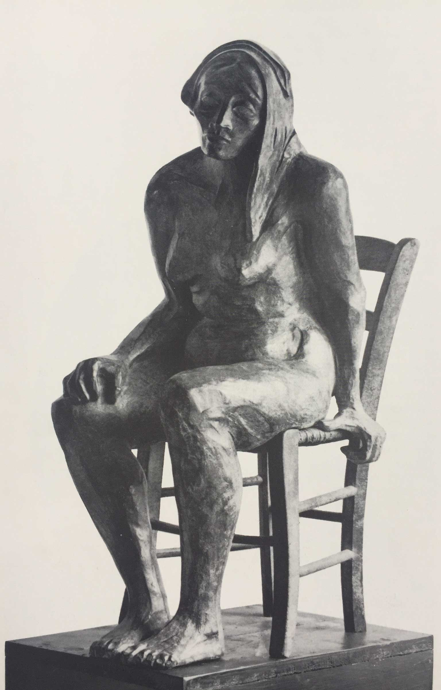 Contadina seduta, 1982, bronzo, cm 33x12x20